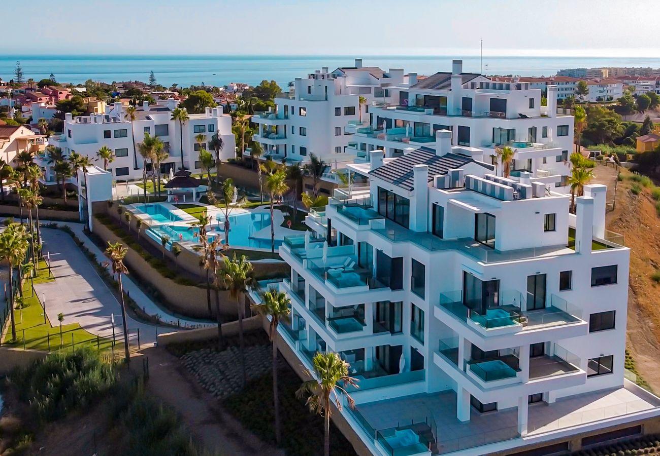 Ferielejlighed i Mijas Costa - Santa Barbara Heights CLC - Luksusbolig, egen terrasse pool, havudsigt